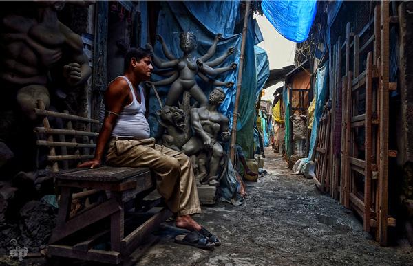 Kumartuli Clay Idols Potters Studio At Kolkata